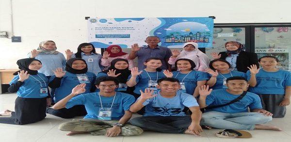 Kaprodi Hubungan Internasional dan Kaprodi Manajemen Beri Motivasi ke Mahasiswa KKN Tanah Abang